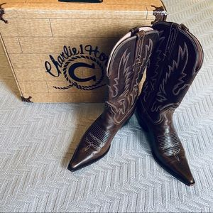 Lucchese Charlie 1 Horse cowboy boots, 7.5